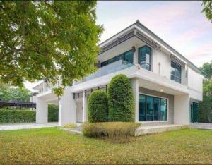 ขายบ้านรัตนาธิเบศร์ สนามบินน้ำ พระนั่งเกล้า : ขายบ้านเดี่ยว 2 ชั้น พื้นที่ 180 ตรว. หมู่บ้านลดาวัลย์ รัตนาธิเบศร์ (บ้านมุม)