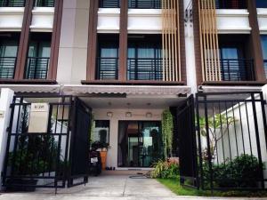 For SaleTownhouseThaphra, Wutthakat : Baan Klang Muang, Kanlapaphruek, Soi Kamnan Man 18.2 sq.wa. 3 floors