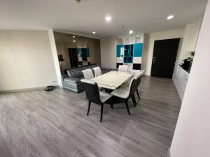 ขายคอนโดพระราม 9 เพชรบุรีตัดใหม่ : A23-019 ขายด่วน BELLE GRAND RAMA9 พร้อมอยู่ 3 ห้องนอน 2 ห้องน้ำ