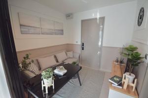 For RentCondoRama9, RCA, Petchaburi : New condo for rent !!!  Life Asoke Hype , 1 bedroom for rent at 12,000B/m