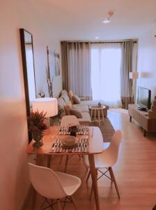 For RentCondoSathorn, Narathiwat : For rent 2 bedrooms Life@Sathorn 10 only 24,000/month.