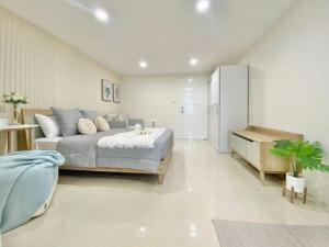 For SaleCondoRatchadapisek, Huaikwang, Suttisan : 2829-A😍 For ขายห้อง Studio🚄ใกล้ MRT ห้วยขวาง🏢รัชดา ซิตี้ 18  Ratchada City 18🔔พื้นที่:29.00ตร.ม.💲ขาย:1,390,000฿📞O86-454O477,O99-5919653✅LineID:@sureresidence