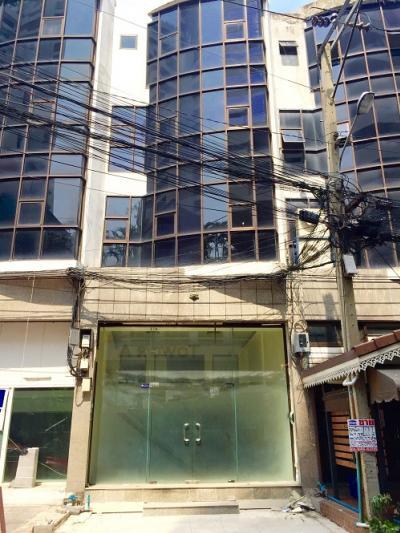 For RentShophouseSukhumvit, Asoke, Thonglor : H565-For rent, 4-storey commercial building, Supalai Place, Sukhumvit 39, suitable for shops. office and so on