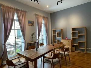 เช่าทาวน์เฮ้าส์/ทาวน์โฮมพระราม 3 สาธุประดิษฐ์ : For Rent Townhouse 3 stories at Rama3  4 bed 4bath 250sqm with special corner unit!