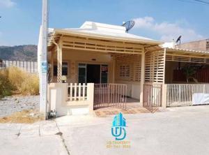 ขายบ้านหัวหิน ประจวบคีรีขันธ์ : ขายบ้านทาวน์เฮ้าส์ชั้นเดียวหัวหินซอย6 หมู่บ้านทรัพย์ธานี3 เนื้อที่ 30ตร.ว 2ห้องนอน 2ห้องน้ำ 1ห้องครัว