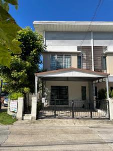For RentTownhouseBangna, Lasalle, Bearing : Townhome for rent, Near Assumption University, Corner room, Fully furnished, Modi Villa Bangna