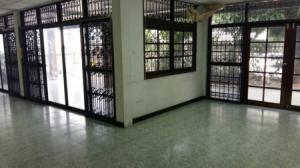 For SaleHouseRatchadapisek, Huaikwang, Suttisan : House for sale, Soi Watthana Niwet 4, 866 sq m, 167 sq wa, Ladprao 64 near Sutthisan Rd.