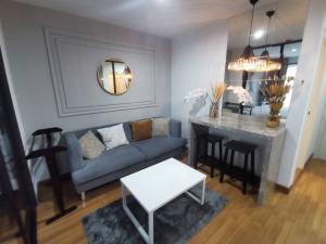 เช่าคอนโดอ่อนนุช อุดมสุข : ให้เช่า/ขาย Regent Home สุขุมวิท81 ห้องสวย วิวสระ 1 ห้องนอน 28 ตรม.