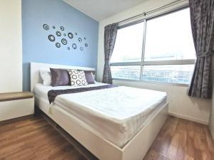 For RentCondoLadkrabang, Suwannaphum Airport : W0399 For sale / rent, Lumpini Ville On Nut - Lat Krabang 2, 1 bedroom, 1 bathroom, Room size 22.54 sqm. Building A, 4th Floor, Fully furnished