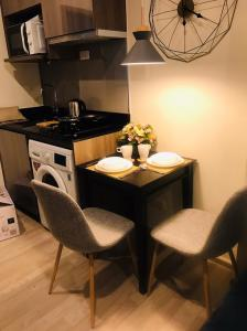 เช่าคอนโดบางนา แบริ่ง ลาซาล : Condo for RENT: Ideo Mobi Sukhumvit Eastpoint   Size 35 sqm 1 bed 1 bath on 23rd floor , Building B ,rental 18,000 baht/month