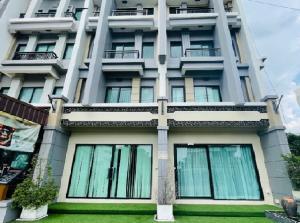 เช่าโฮมออฟฟิศนวมินทร์ รามอินทรา : For Rent ให้เช่าอาคาร / Home Office 4 ชั้น 2 คูหา ทะลุกัน โครงการหรู The Regent เดอะ รีเจ้นท์ รามอินทรา 109 ถนนพระยาสุเรนทร์ อาคารตกแต่งหรูมาก สวย เหมาะเป็นคลินิกเสริมความงาม , สำนักงาน , อื่น ๆ