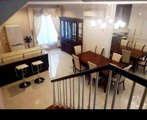 For RentTownhouseYothinpattana,CDC : Town home for rent! Baan klangmeung Grand de Paris