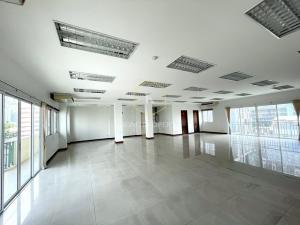 เช่าสำนักงานสาทร นราธิวาส : ให้เช่าสำนักงาน 200 ตร.ม ใจกลางเมืองสาทร –นราธิวาสฯ ใกล้ BTSช่องนนทรี Office for rent, 200 sq m, in the heart of Sathorn-Narathiwat, near BTS Chong Nonsi.