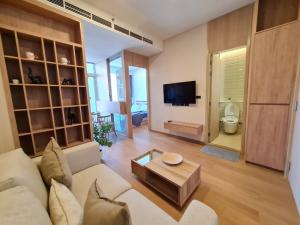 For RentCondoSukhumvit, Asoke, Thonglor : For Rent>> Condo Siamese Exclusive Sukhumvit 42 near BTS Ekkamai 300 meters