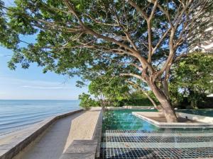 ขายคอนโดชะอำ เพชรบุรี : ขาย บ้านแสนคราม by sansiri หัวหิน-ชะอำ แบบ 3 นอน วิวทะเลสวยที่สุด จากห้องนั่งเล่น