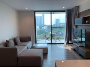 For RentCondoSukhumvit, Asoke, Thonglor : Spacious 79 sqm 2 Bedroom Corner Unit for rent at The Room Sukhumvit 40 BTS Ekkamai