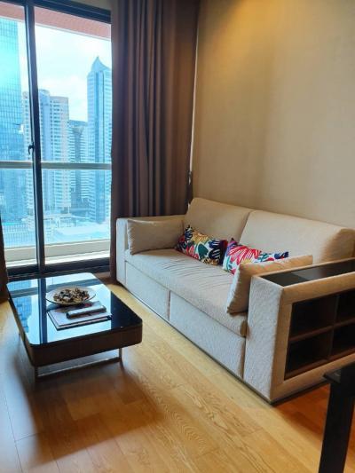 For RentCondoSathorn, Narathiwat : For rent, The Address Sathorn, 1 bedroom, size 46.5 sq m. Big room, satisfying!!
