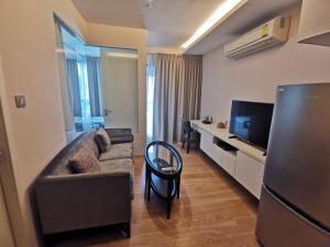 For RentCondoSukhumvit, Asoke, Thonglor : Condo H Sukumvit 43 large room with bathtub