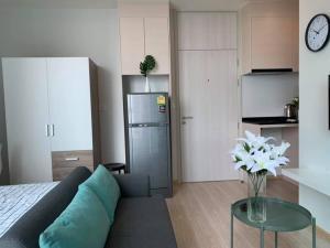 For RentCondoRatchadapisek, Huaikwang, Suttisan : For rent Noble Revolve Ratchada 1 🍁 near MRT Cultural Center 🍁 fully furnished 🍁 rental fee 10000 baht