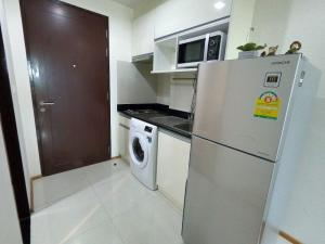 For RentCondoLadprao, Central Ladprao : For Rent Abstracts Phahonyothin Park High Floor Fully Furnished Nice View