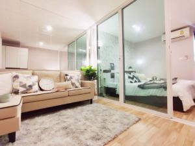 ขายคอนโดลาดพร้าว เซ็นทรัลลาดพร้าว : ขายห้องสวยสุดในโครงการ กั้นประตูอย่างสวย Regent Home 12 รีเจ้นท์ ลาดพร้าว BTS สถานี ภาวนา