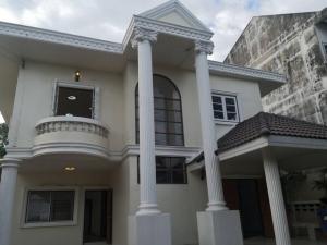 เช่าบ้านเสรีไทย-นิด้า : RH622 บ้านเดี่ยว 2 ชั้น 100 ตรว. 4 ห้องนอน 3 ห้องน้ำ รามคำแหง 68 ใกล้ เดอะมอลล์ บางกะปิ