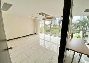For SaleOfficeSukhumvit, Asoke, Thonglor : Office for sale in Richmond Office Building Sukhumvit 26, SELL WITH TENANT !! 193 sqm., near BTS Phrom Phong,