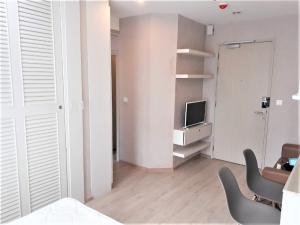 For RentCondoSiam Paragon ,Chulalongkorn,Samyan : For Rent Studio 1Bathroom Size 24.5 sq.m. On 12Ath floor, Building N Fully-Furnish, Ready to move in Rental Price 15,000 Baht/Month