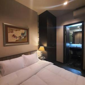 For RentCondoSukhumvit, Asoke, Thonglor : Condo for rent, EDGE Sukhumvit 23, price only 16,500, near BTS Asoke !!