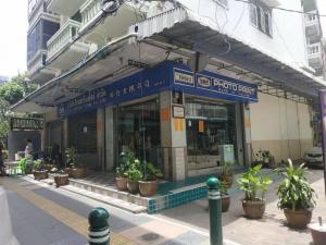 ขายตึกแถว อาคารพาณิชย์พระราม 8 สามเสน ราชวัตร : ขายตึกแถว 2 คูหา 39 ตรว.5 ห้องทำงาน 5 ห้องน้ำ 4 ชั้น ห้องมุม ติดรถไฟฟ้าสถานีสะพานควาย BTS  เดินขึ้นได้เลย เหมาะเปิดออฟฟิศ บริษัท คาเฟ่กาเเฟ หรือ ร้าน 7-11 ได้