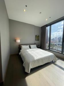 เช่าคอนโดพระราม 9 เพชรบุรีตัดใหม่ RCA : The Esse at Singha Complex ให้เช่า 1 ห้องนอน