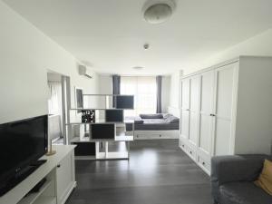 For SaleCondoBangna, Bearing, Lasalle : SALE* D condo campus resort bangna (ABAC)