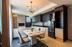 For RentCondoSukhumvit, Asoke, Thonglor : 2 Bedroom Condo for rent  close to BTS Asoke - MRT Sukhumvit