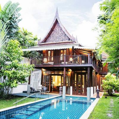 ให้เช่าบ้านเดี่ยว 2 ชั้น บ้านทรงไทย  สุขุมวิท101/1 พร้อมสระว่ายน้ำระบบเกลือ   ใกล้ BTS ปุณวิถี