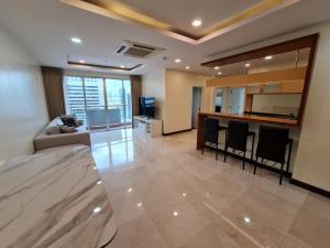 เช่าคอนโดสีลม ศาลาแดง บางรัก : ให้เช่าคอนโดชั้นบนสุด! Silom Grand Terrace ชั้น 21 @ซอยศาลาแดง2