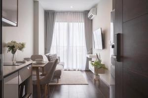 For RentCondoSukhumvit, Asoke, Thonglor : Condo for rent C Ekamai, Sea, beautiful, fully furnished.