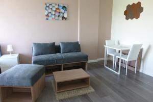 For RentCondoBangna, Bearing, Lasalle : For rent dcondo Campus Resort Bangna