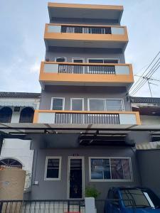 เช่าตึกแถว อาคารพาณิชย์นวมินทร์ รามอินทรา : RPJ218ให้เช่า อาคารพาณิชย์4 ชั้นตกแต่งพร้อมเหมาะทำออฟฟิศ ค้าขาย  หรือพักอาศัย ซอยนวมินทร์70