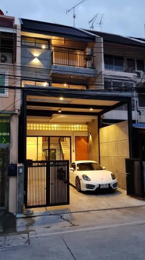 For RentHome OfficeSukhumvit, Asoke, Thonglor : Rental : Loft House In Ekkamai 28 , 5 Storeys , 5 Bed 5 Bath , 28 sqw  🔥🔥Rental : 85,000 THB / Month. 🔥🔥