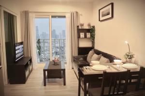 For RentCondoSathorn, Narathiwat : The Key Sathorn-Charoenrat, 34th floor, city view, no building block, fully furnished