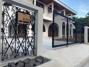 For RentHouseSamrong, Samut Prakan : Single House For Rent, located Sukhumvit-Theparak, Near BTS Samrong Station