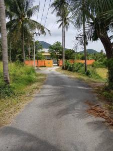 ขายโรงงานพัทยา บางแสน ชลบุรี ศรีราชา : ขายโรงงานพร้อมที่ดิน โฉนด 2ไร่ 2 งาน 76 ตารางวา มีใบอนุญาตประกอบกิจการโรงงาน