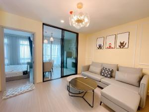 For RentCondoRatchadapisek, Huaikwang, Suttisan : Condo for rent Aspire Asoke - Ratchada 🍁 near MRT Rama 9 🍁 very beautiful room