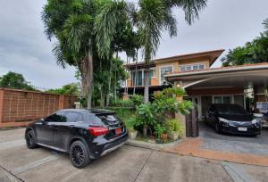 For SaleHouseSamrong, Samut Prakan : House for sale Casa ville Srinakarin 4 bedrooms with putt golf course in the house !!