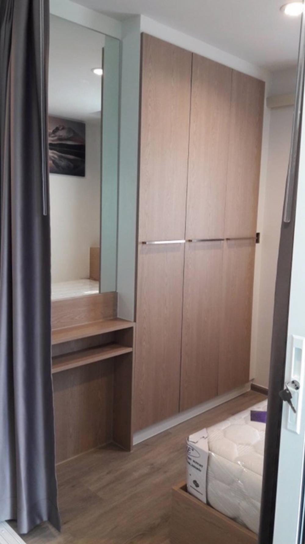 เช่าคอนโดบางซื่อ วงศ์สว่าง เตาปูน : 🏡ให้เช่าห้องใหญ่🎁ตกแต่งพร้อมอยู่ 2ห้องนอน@รีเจ้นท์โฮมบางซ่อน(เฟสใหม่ 28) 100ม.ถึงMRT อาคาร D🌳ชั้น19 ห้องคอมบายรูม 56 ตรม. ห้องมุมใหญ่ที่สุดในตึกทิศเหนือวิวโล่งวิวทางด่วน🎊🎊2น้ำ+ที่จอดรถ2คัน(นิติโดยLPN)