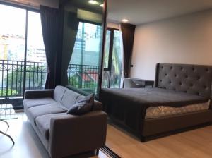 For RentCondoNana, North Nana,Sukhumvit13, Soi Nana : Condo Venio Sukhumvit, size 34 sqm. 10, near BTS, MRT and next to the park, 1 Bed room