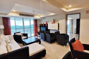 For SaleCondoHua Hin, Prachuap Khiri Khan, Pran Buri : Condominium for Sale with panoramic view in Khao Tao