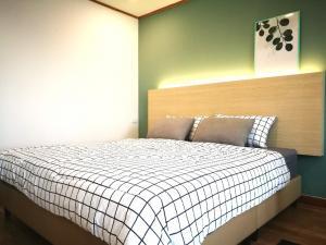 เช่าคอนโดสยาม จุฬา สามย่าน : ✅ ให้เช่า 1ห้องนอน 1ห้องน้ำ ขนาด 33 ตร.ม. ชั้น 10 เฟอร์นิเจอร์ครบ พร้อมเข้าอยู่ ราคาเช่า 16,000 บาท/เดือน