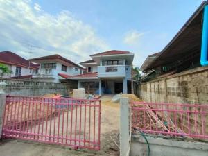 For SaleHouseEakachai, Bang Bon : H0073 Detached house for sale, Ekachai Lakeville Village, Rama 2, Soi Ekachai 131 - Bang Bon 5, Area 64 sq.wa, 3 bedrooms 2 bathrooms.