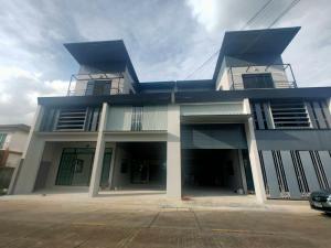 ขายสำนักงานรังสิต ธรรมศาสตร์ ปทุม : ขาย สำนักงาน ตึก 3 ชั้น โกดัง อาคาร สำนักงาน ออฟฟิศ สร้างใหม่ คลอง4  ลาดสวาย ราคาถูก